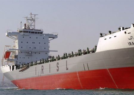 پهلوگیری ۵۵۰ فروند کشتی در بزرگترین بندر تجاری ایران